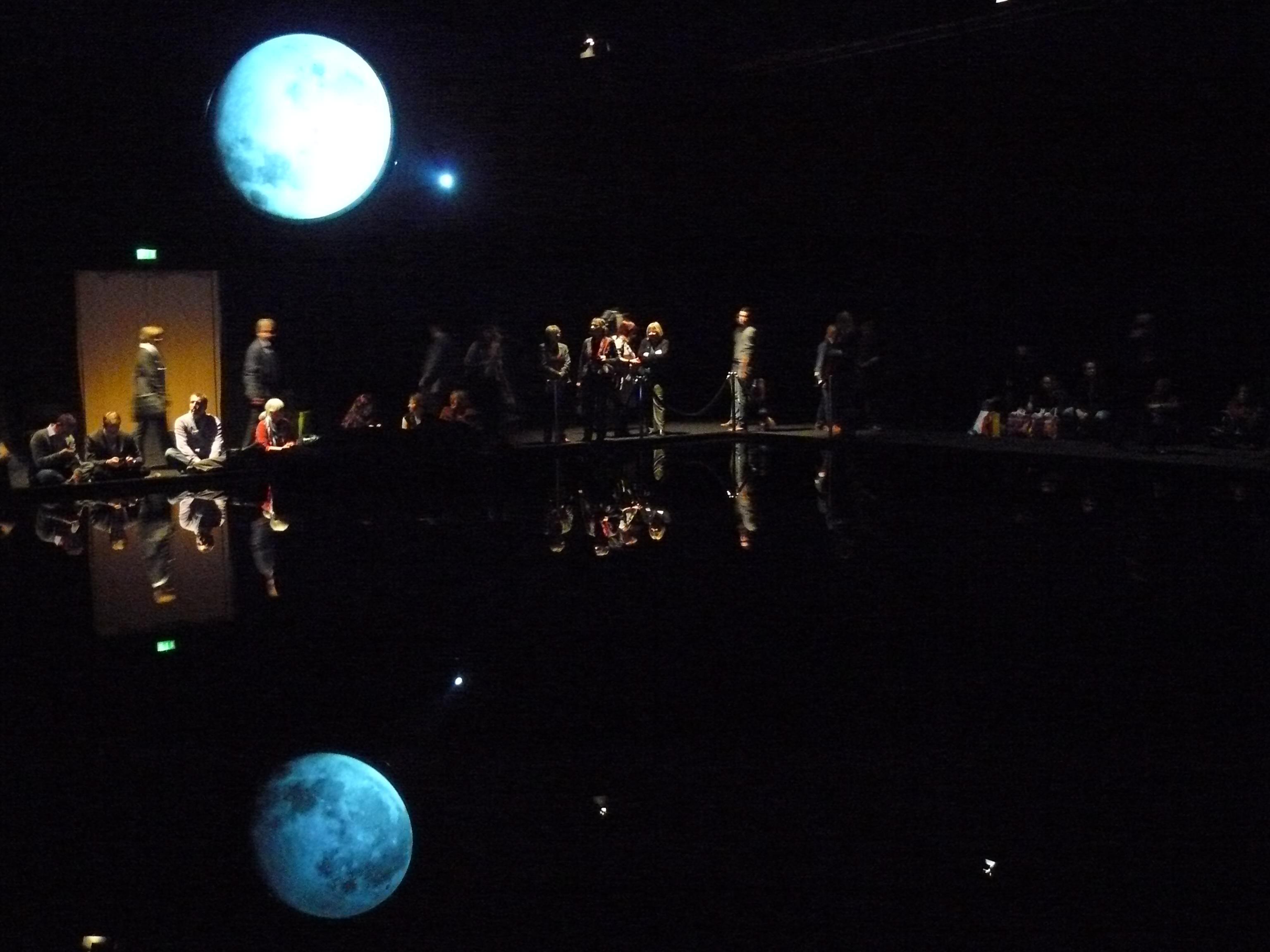»Dunkel war's, der Mond schien helle« (Neuseeland-Pavillon)